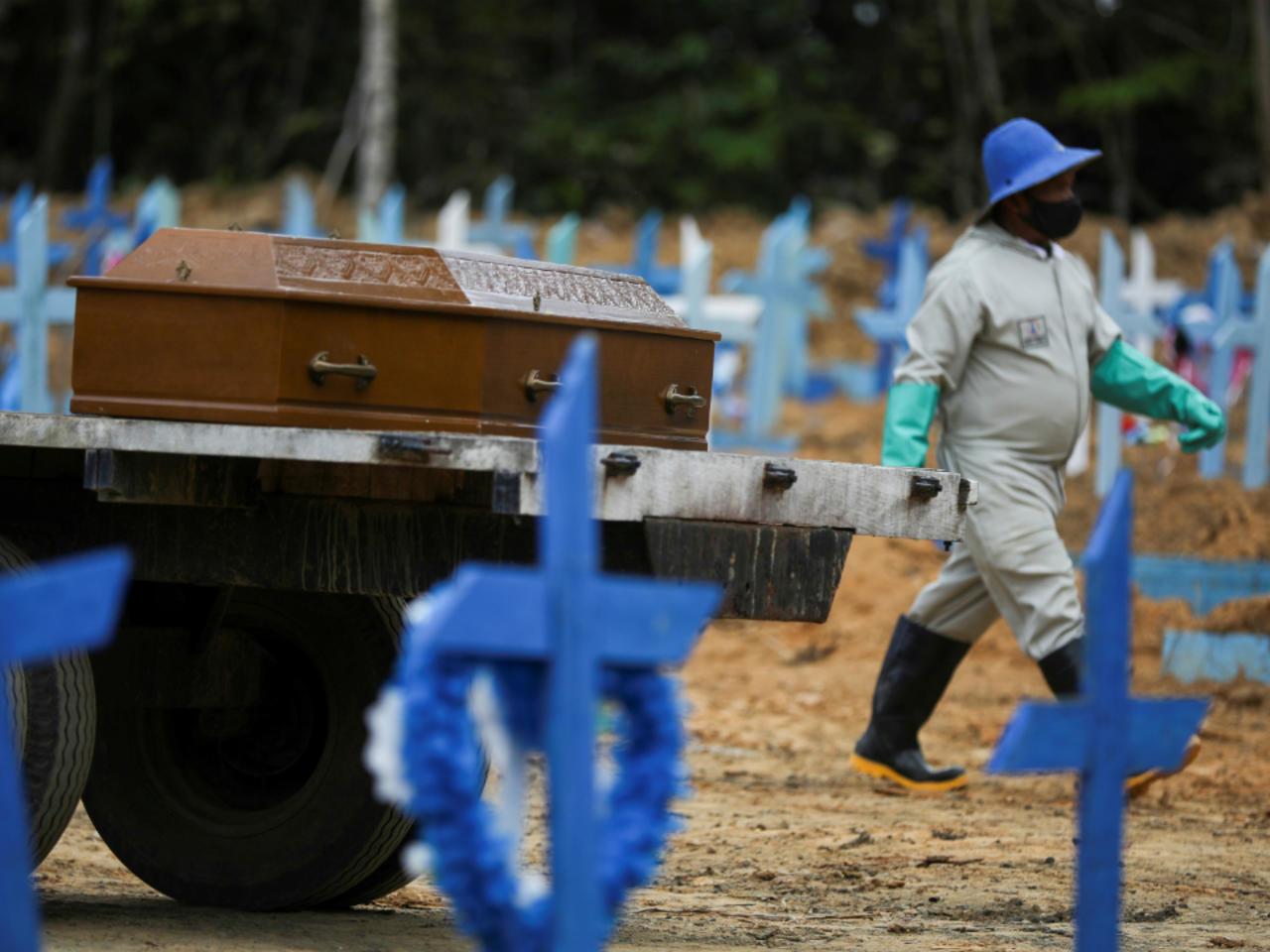 Brasil supera los 2,5 millones de infectados por el nuevo coronavirus