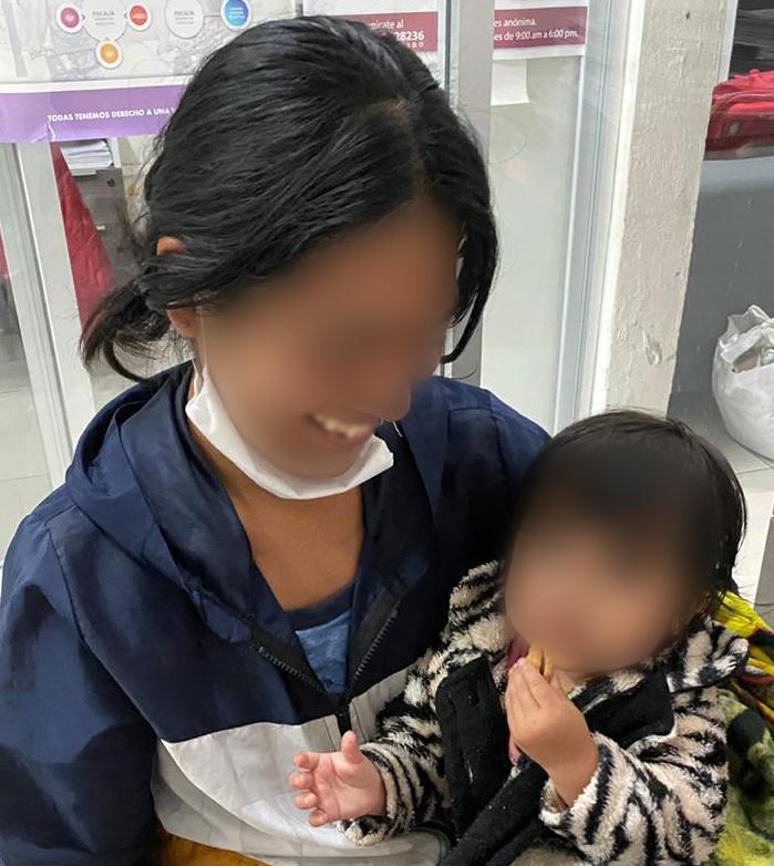 Fiscalía Puebla recuperó a una niña despojada de su madre