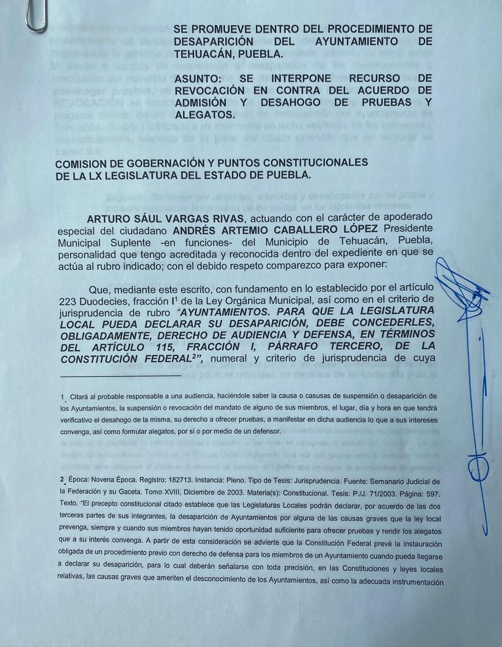 Andrés Artemio Caballero se defiende contra la disolución de su Cabildo en Tehuacán