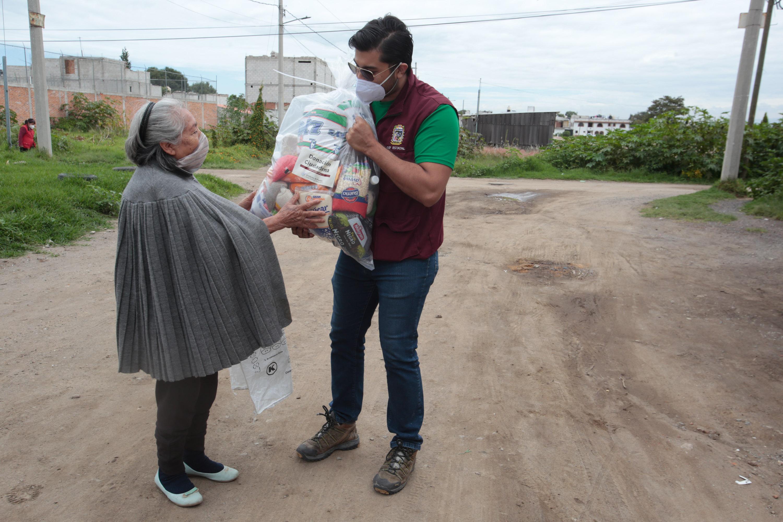 Destacan beneficiarias de Cholula labor humanitaria del SEDIF