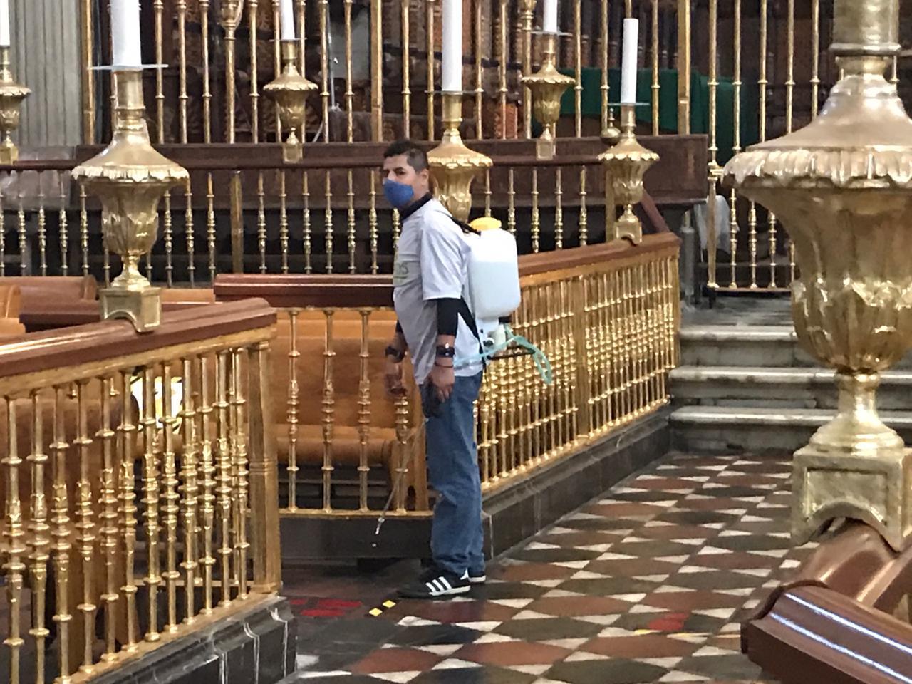 Video desde Puebla: Feligreses regresan a la Catedral de la Angelópolis a escuchar misa