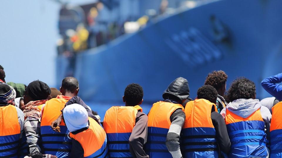 Mueren 45 migrantes en un nuevo naufragio, la ONU pide a la Unión Europea que actúe