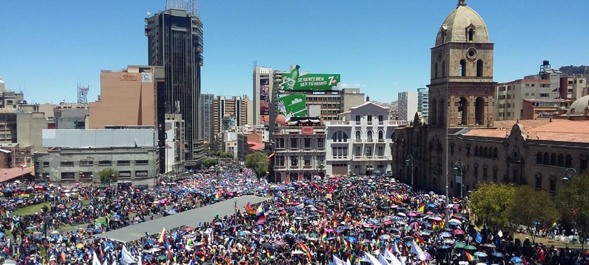 La ONU pide que se garantice el paso de ambulancias y la entrega de bienes esenciales en Bolivia