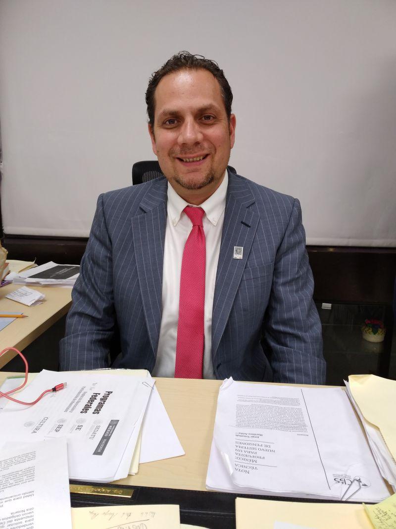 Alejandro Carvajal presenta iniciativa para evitar desalojos a acreditados del Infonavit