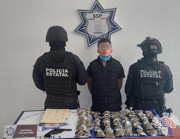 En Izúcar, Policía Estatal arresta a presunto asaltante de negocios
