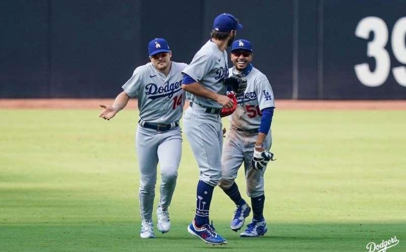 ¡Dodgers es el 1er equipo clasificado a los playoffs en MLB!