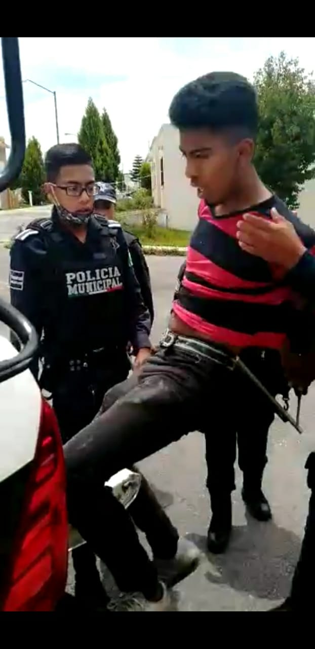 Video desde Puebla: Detienen a dos de tres presuntos asaltantes en Huejotzingo