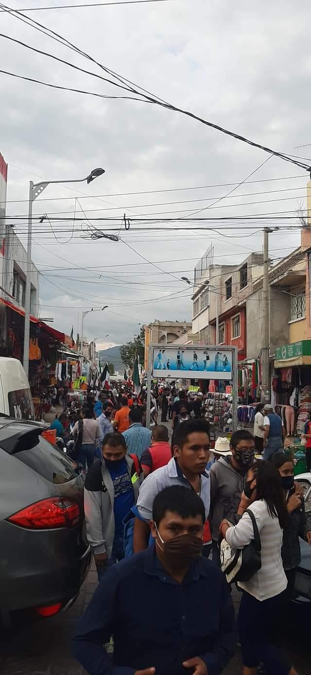 Tehuacán: Abarrotado de gente en plena pandemia