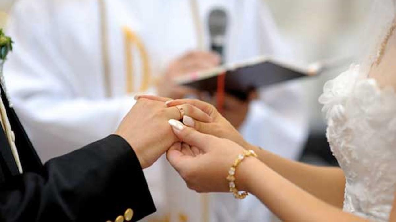 En febrero de 2019 se registró el mayor número de matrimonios con 13.3% (67 102)