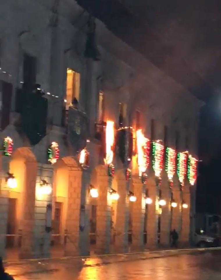Se incendiaron los adornos en el municipio de Zacapoaxtla