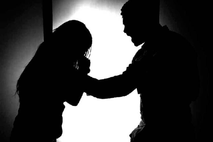 Cinco hombres vinculados a proceso por violencia familiar