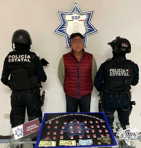 """Policía Estatal captura a narcomenudista identificado como """"El Tío Fer"""""""