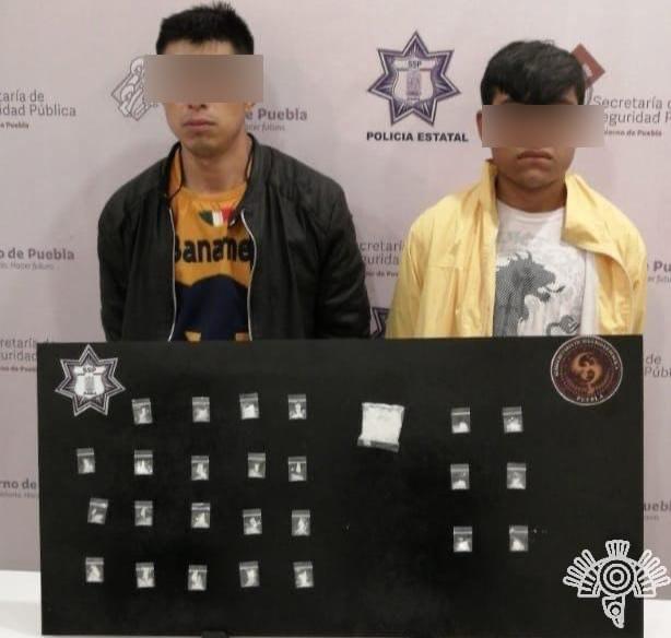 Captura Policía Estatal a dos narcomenudistas en Tehuacán
