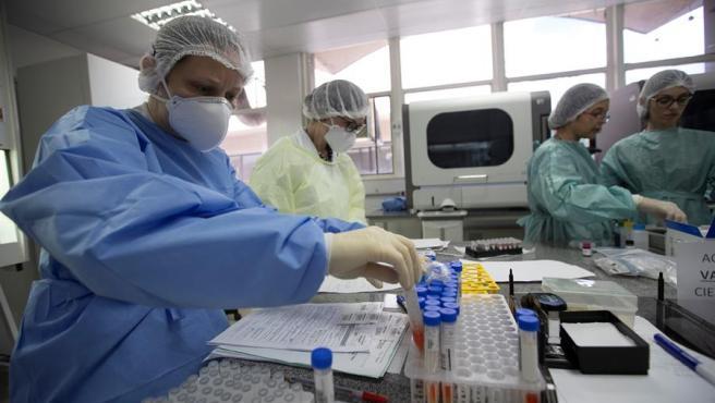 COVID-19: Hacen falta 35.000 millones de dólares para vacunas, tratamientos y diagnósticos