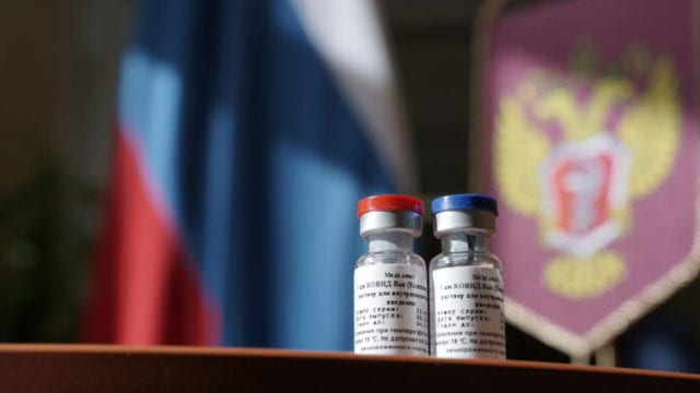 Argentina ha registrado la vacuna Sputnik V en base a los datos de los ensayos clínicos rusos