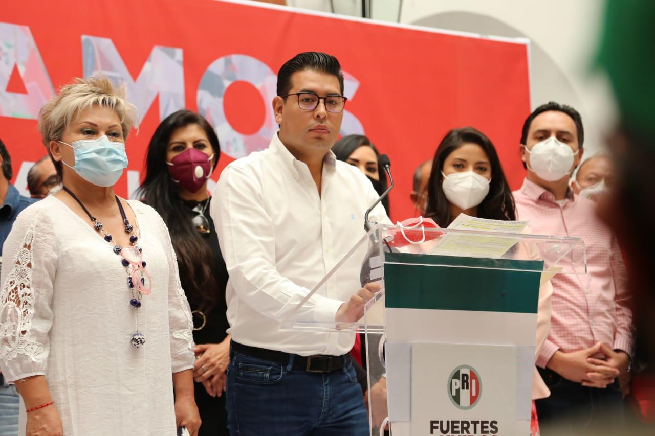 El PRI puede ganar solo: Camarillo Medina