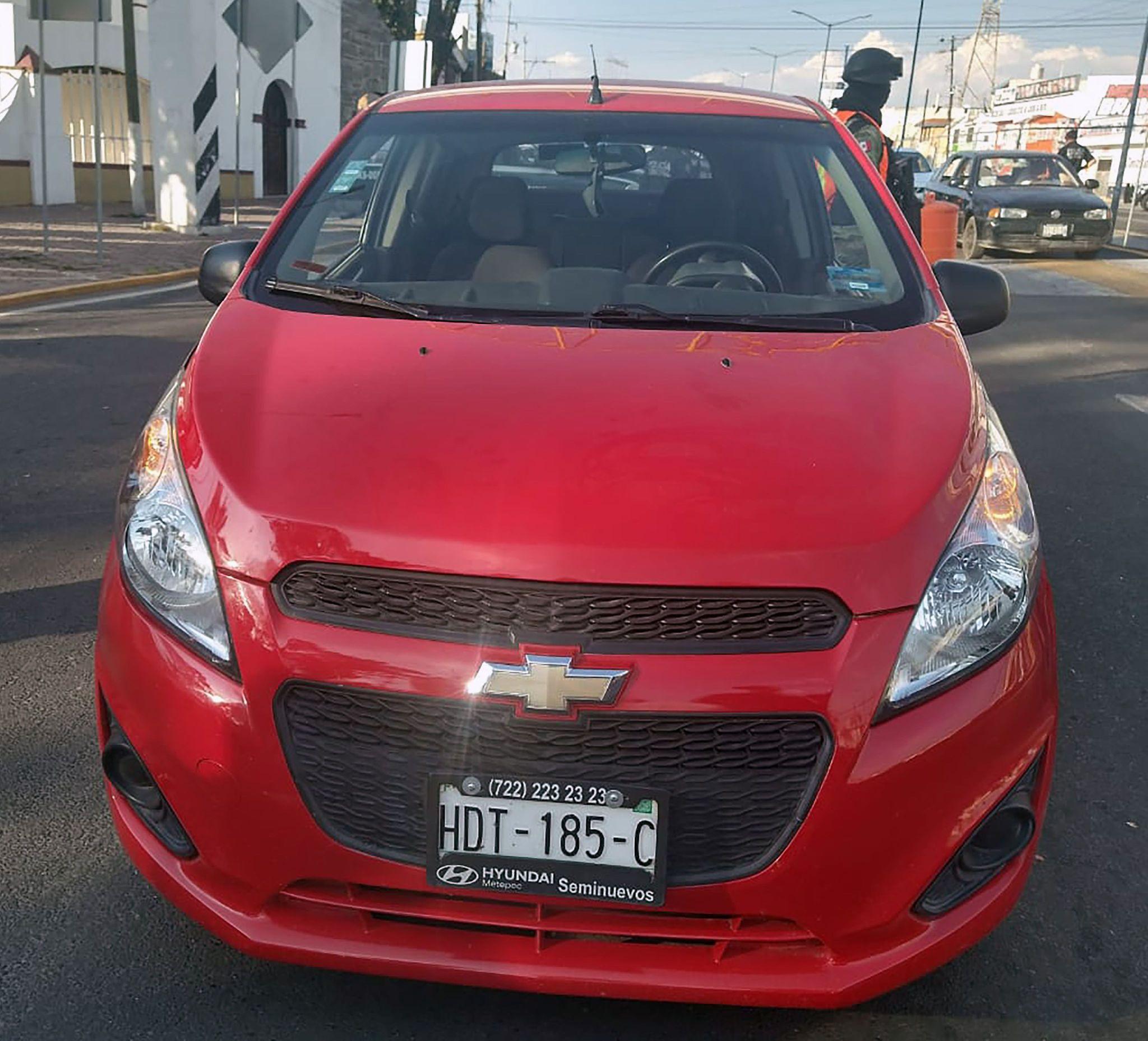 La SSC asegura a una persona por conducir un vehículo con reporte de robo en San Pablo del Monte