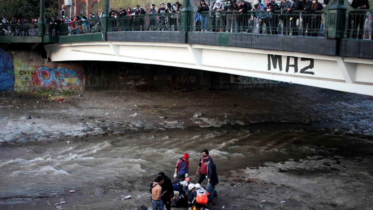 La Oficina de Derechos Humanos en Chile pide investigar la actuación policial en la caída de un joven al río Mapocho