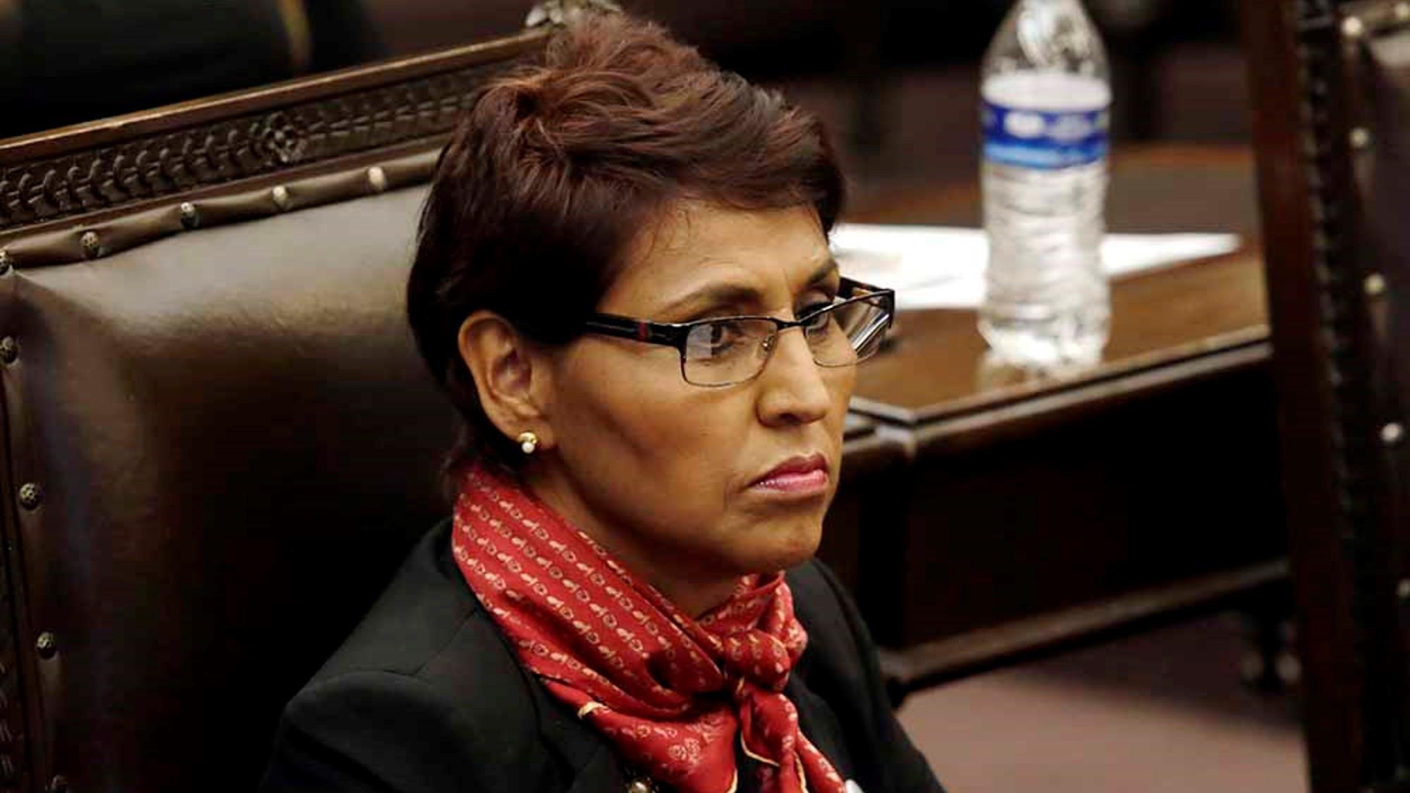 Otra diputada de Biestro que se lanza contra Claudia Rivera