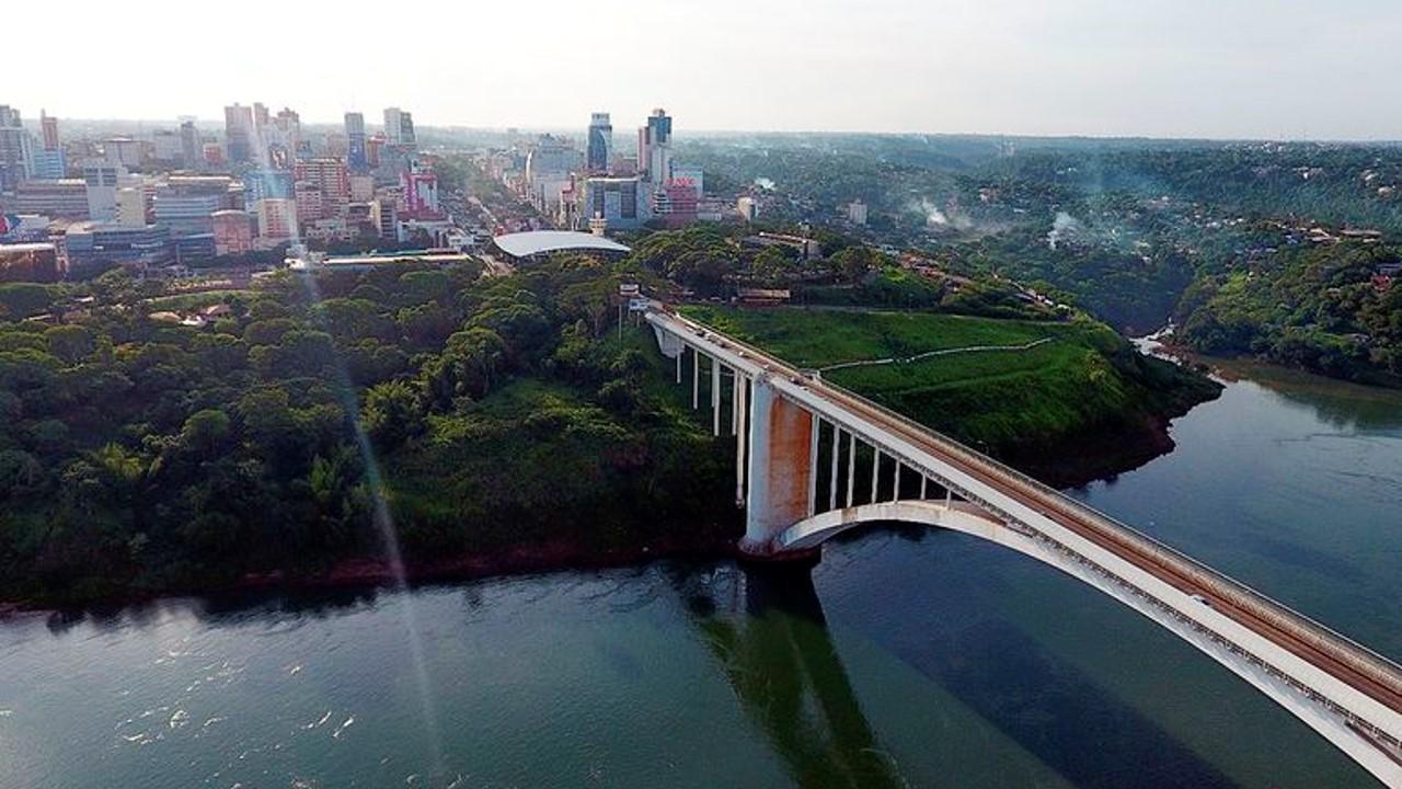 Reabierto el puente entre Brasil y Paraguay