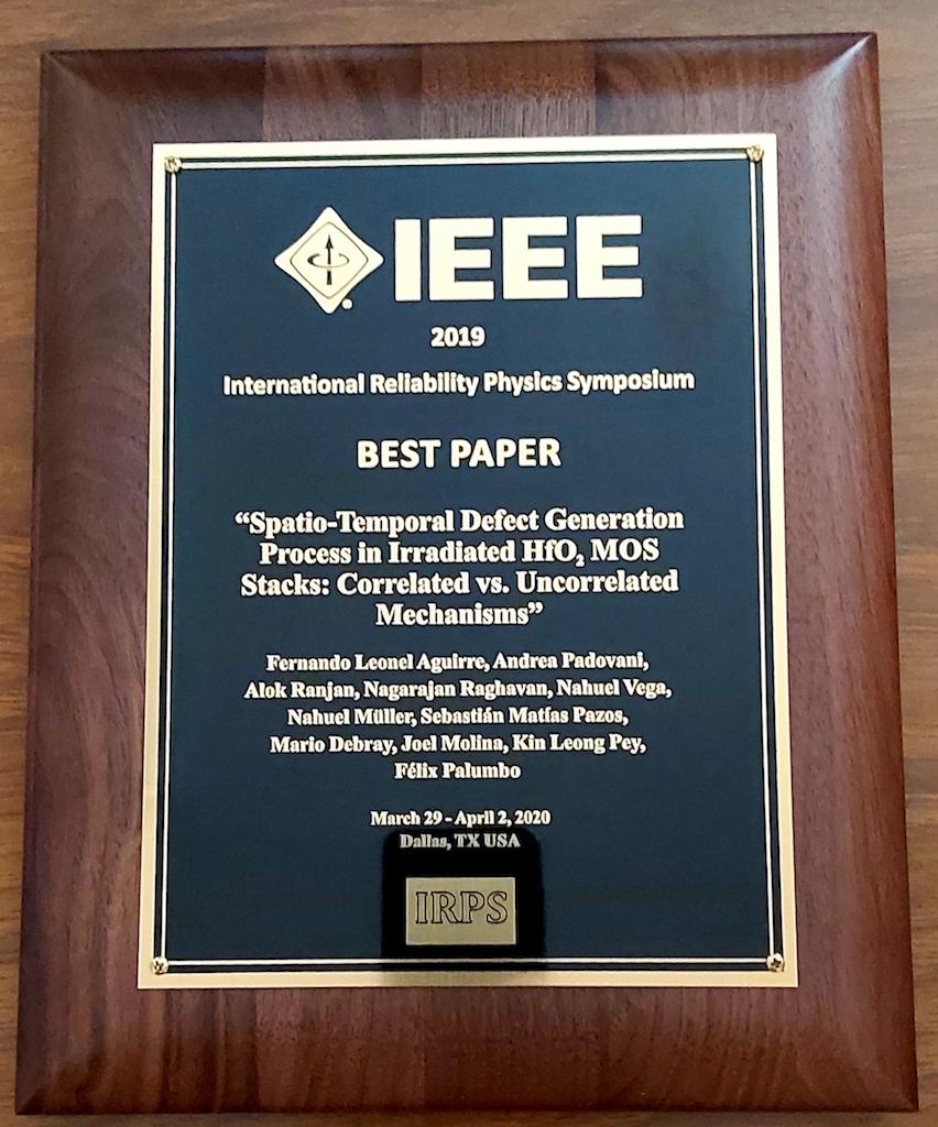 Investigación desarrollada en el INAOE sobre la confiabilidad de nanomateriales para dispositivos electrónicos recibió premio internacional