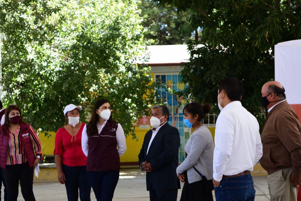 Entrega ayuntamiento de Puebla obras de infraestructura educativa e hidrosanitaria al sur del municipio