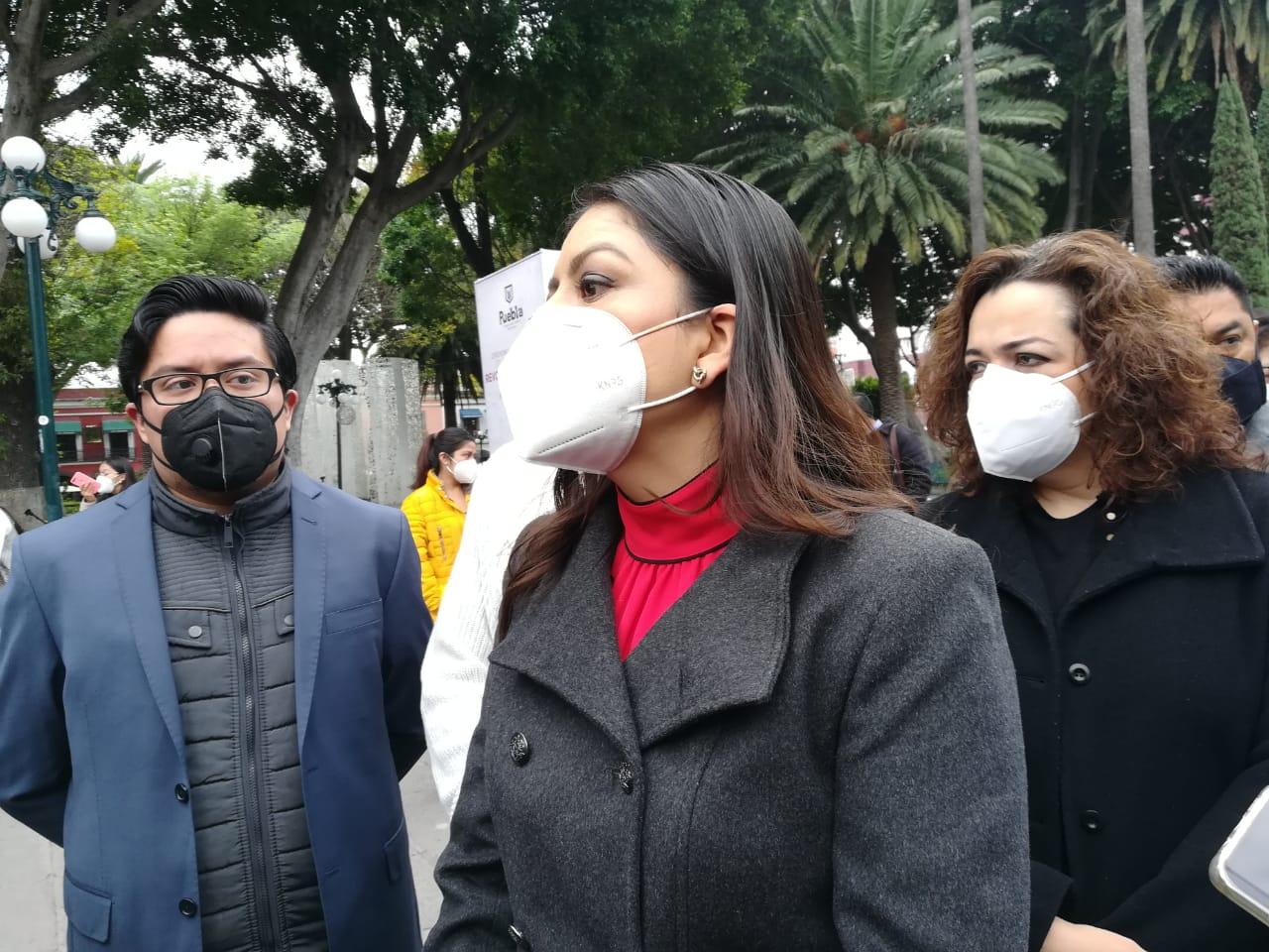 Suma de todas las instituciones y erradicar malas conductas desde familia para combatir los feminicidios, destacó Claudia Rivera
