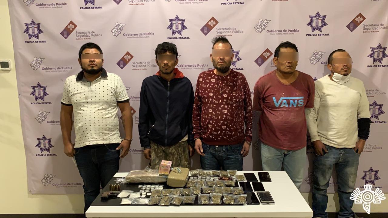 """Policía Estatal detiene presuntos narcovendedores de la banda de """"El Babas"""""""