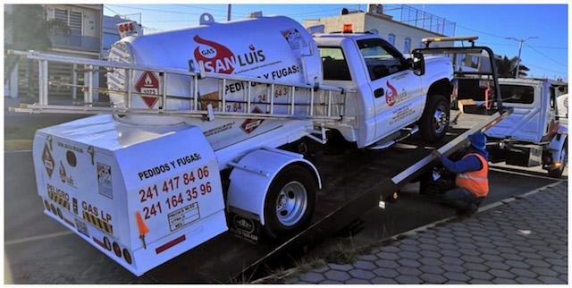 Desde Tlaxcala: SSC asegura a una persona y dos pipas de gas de lp ilegal