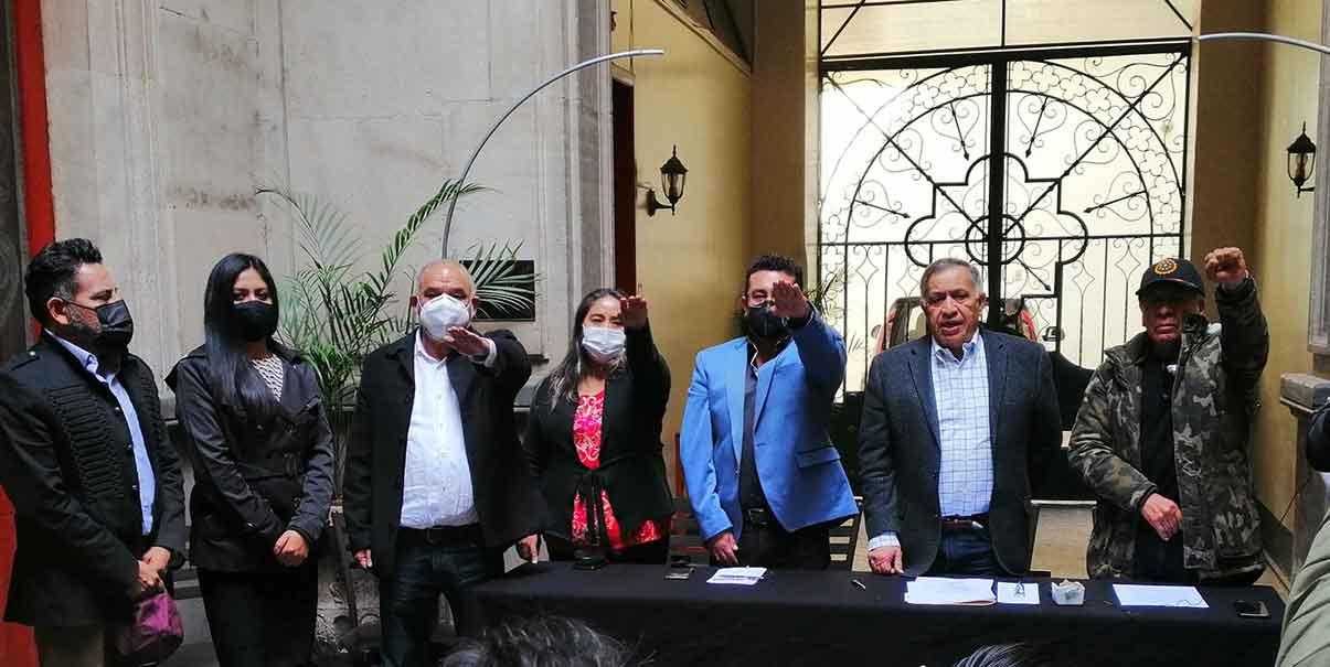 Toman protesta 40 coordinadores de los comités de la defensa de la 4T