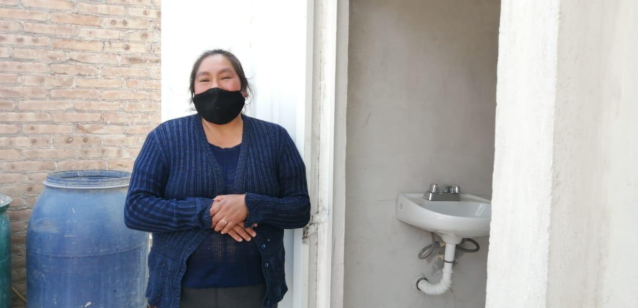 Secretaría estatal de Bienestar entrega dos viviendas en Tehuacán a familias de escasos recursos