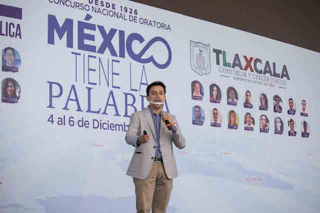 """Participantes del Concurso de oratoria """"México tiene la palabra"""" reconocen respaldo del gobierno del estado a jóvenes"""