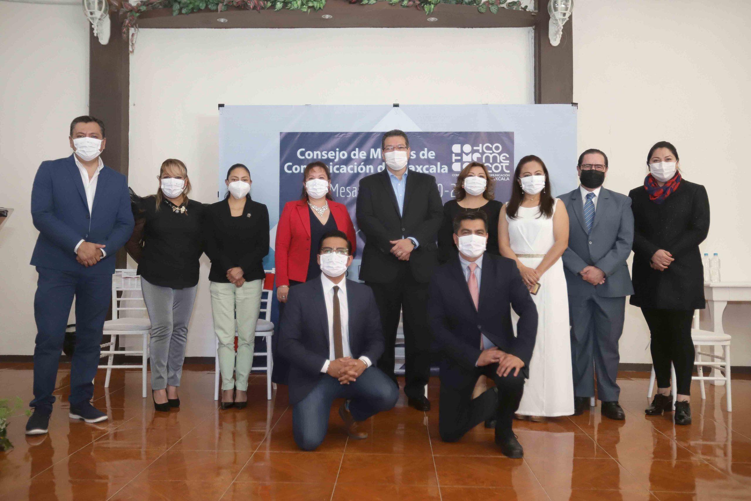 Reconoce Marco Mena trabajo de medios de comunicación en la pandemia.