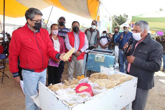 Presenta Sefoa innovaciones tecnológicas en maíz y frijol