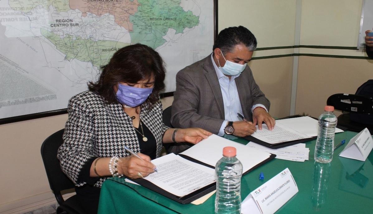 Desde Tlaxcala: Signan IEM Y FOMTLAX convenio de colaboración.