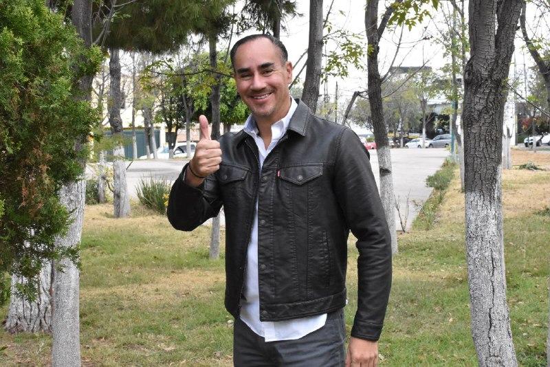 La gran apuesta debe ser la educación, señala el aspirante Alfonso Díaz de León