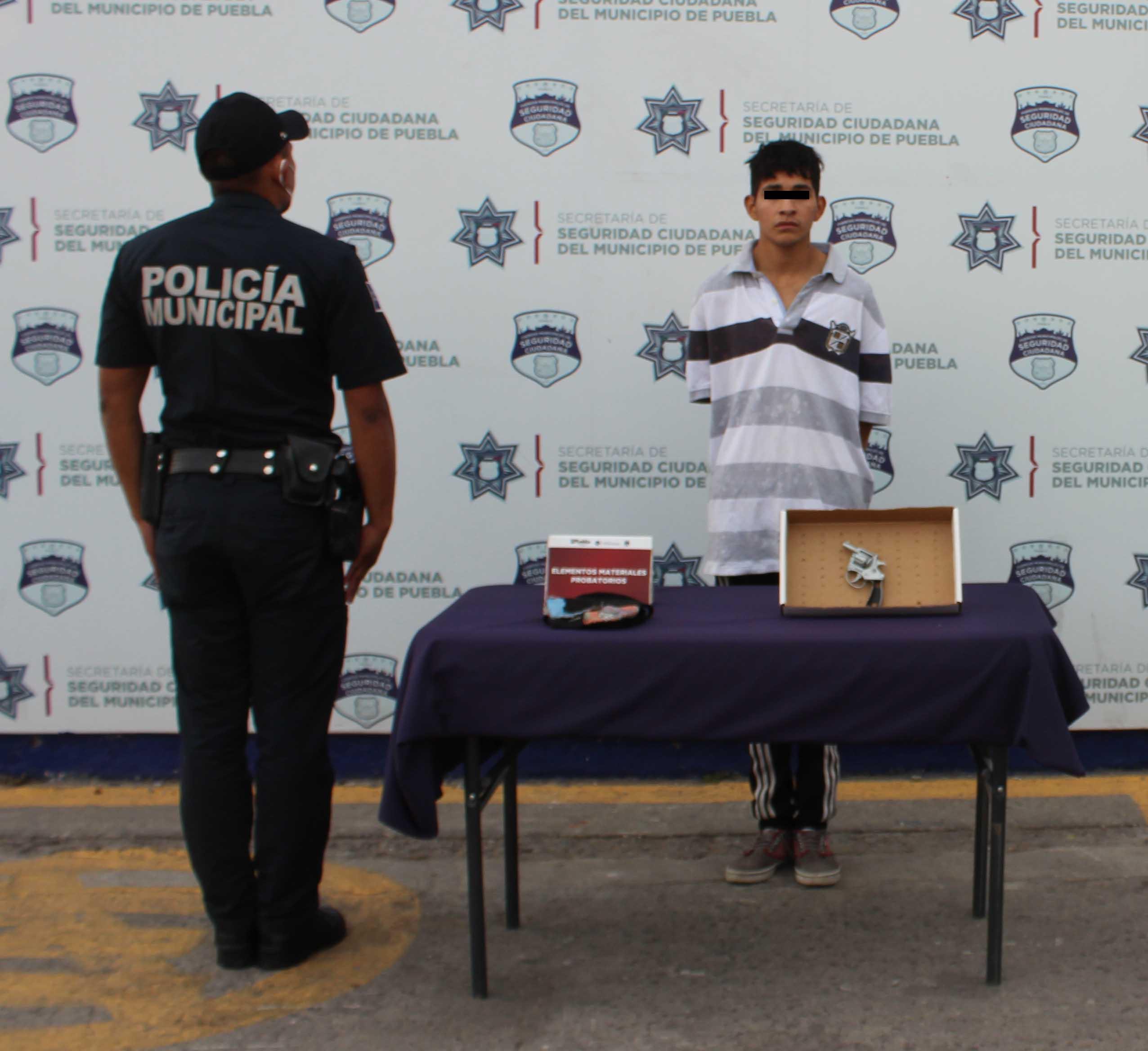 Mediante seguimiento,ubicó y detuvo Policía Municipal de Puebla a hombre presuntamente dedicado al robo de motocicletas.