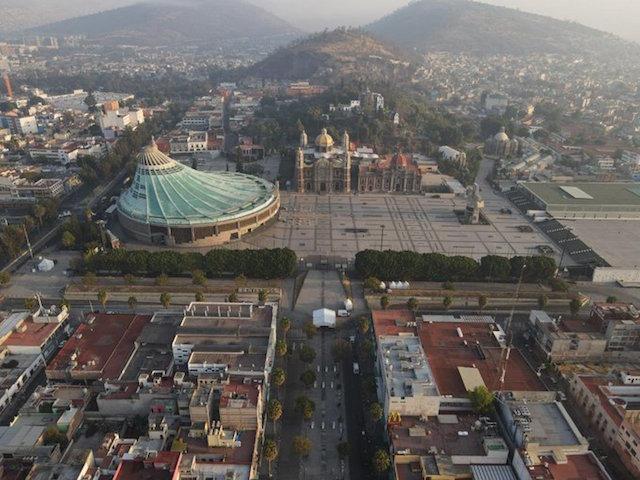 López Obrador destaca responsabilidad de mexicanos con imagen de la basílica