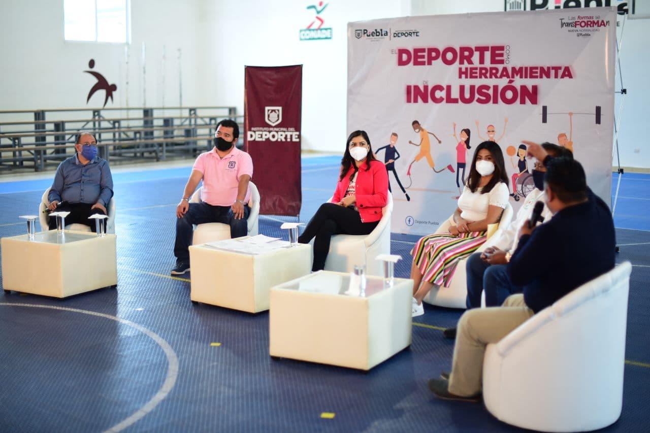 Ayuntamiento propicia espacio de diálogo en torno a las personas con diversidad funcional