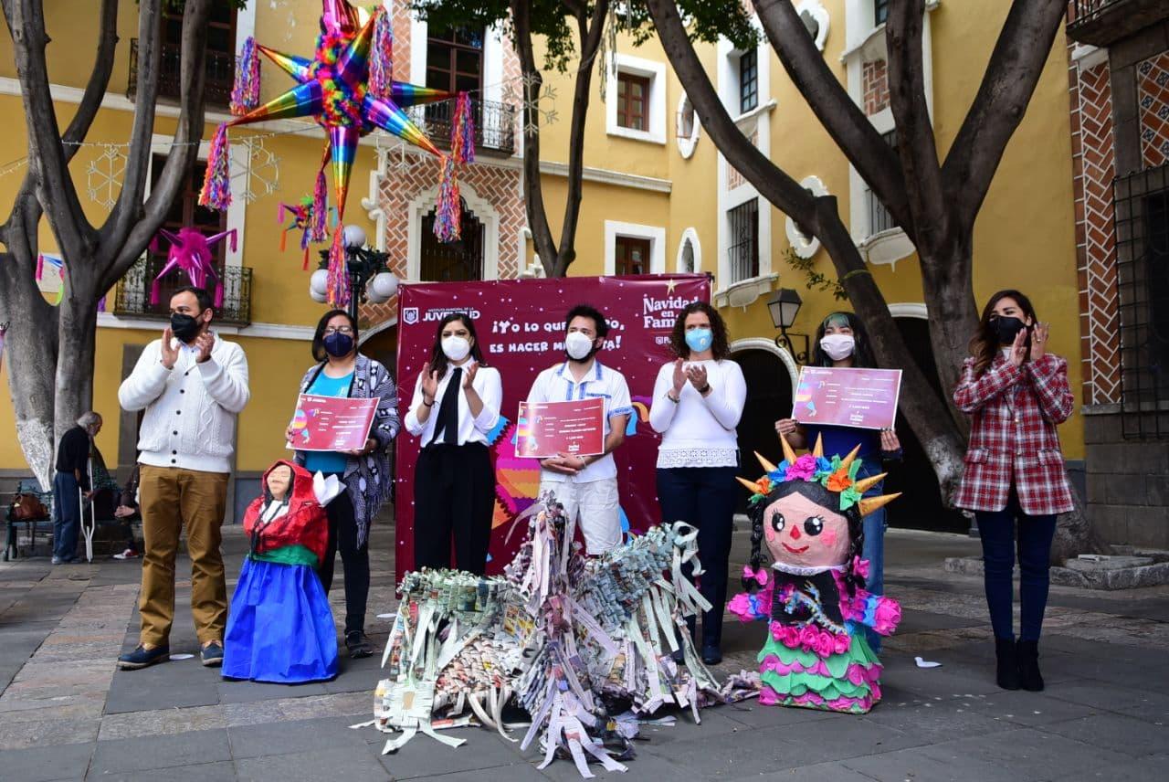 Ayuntamiento de Puebla premia talento poblano en elaboración de piñatas tradicionales