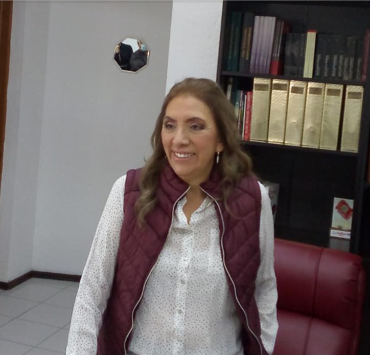 """No podrán detener a la """"ola guinda"""" en SLP, aseguró Francisca Reséndiz Lara"""