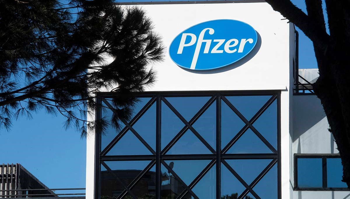 Aumentan 905% las operaciones de Pfizer a medida que los inversionistas buscan capitalizar las buenas noticias
