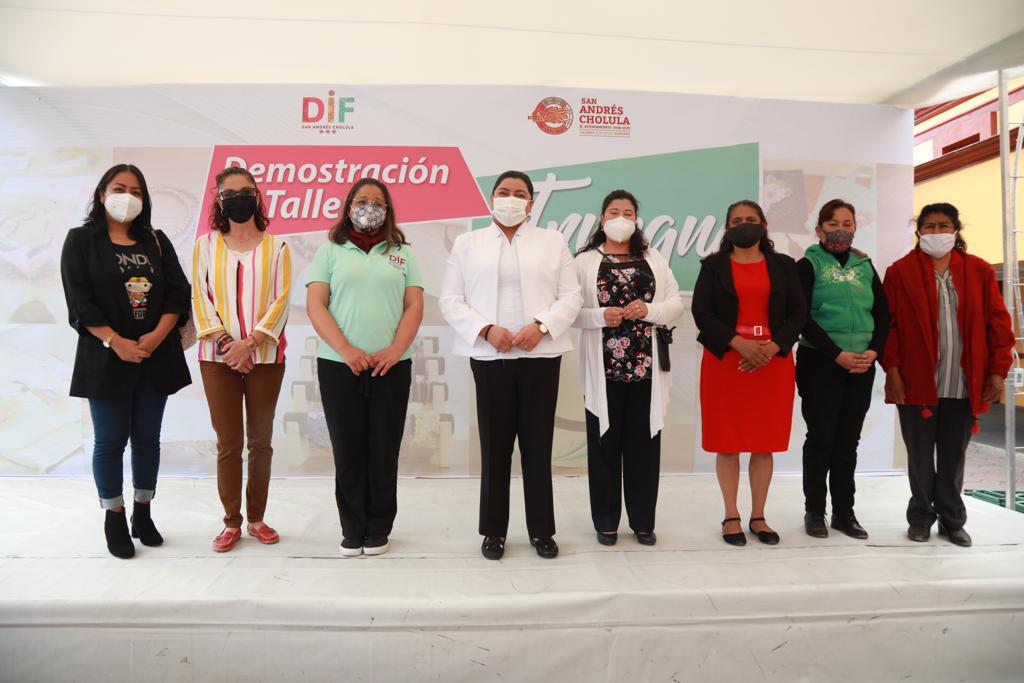 Ayuntamiento de San Andrés Cholula promueve el empoderamiento de la mujer con talleres de autoempleo.