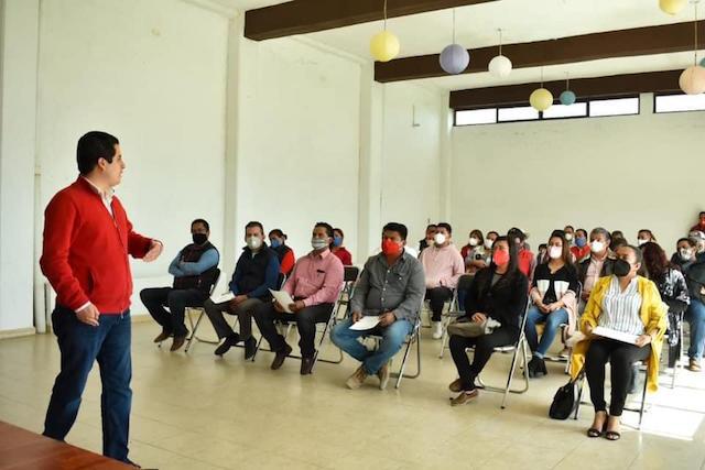 Encabeza Lorenzo Rivera reuniones de trabajo en  Tepeaca, Atlixco y Cholula