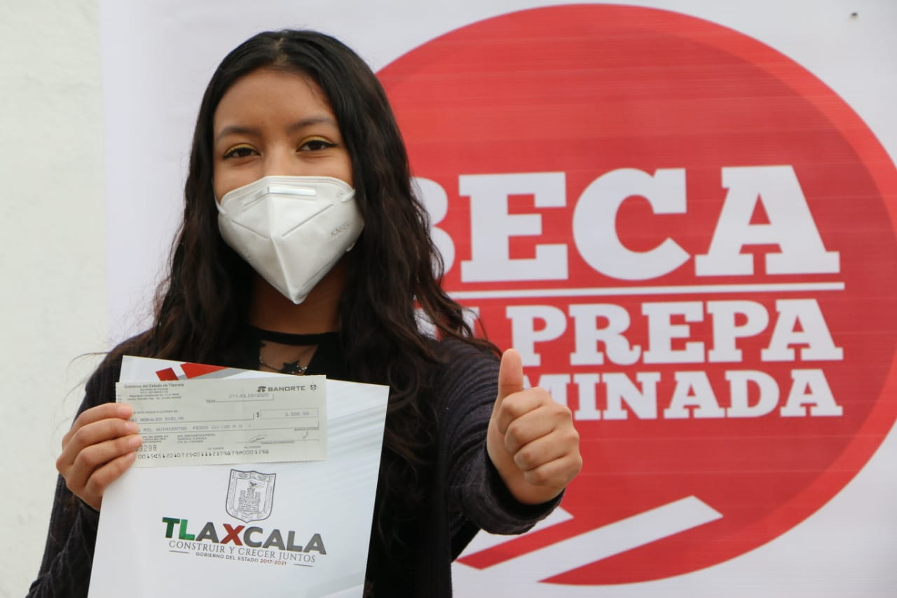"""Desde Tlaxcala: Benefició Gobierno del Estado a más de 3 mil 600 estudiantes con la beca """"Tu Prepa Terminada"""" en 2020"""
