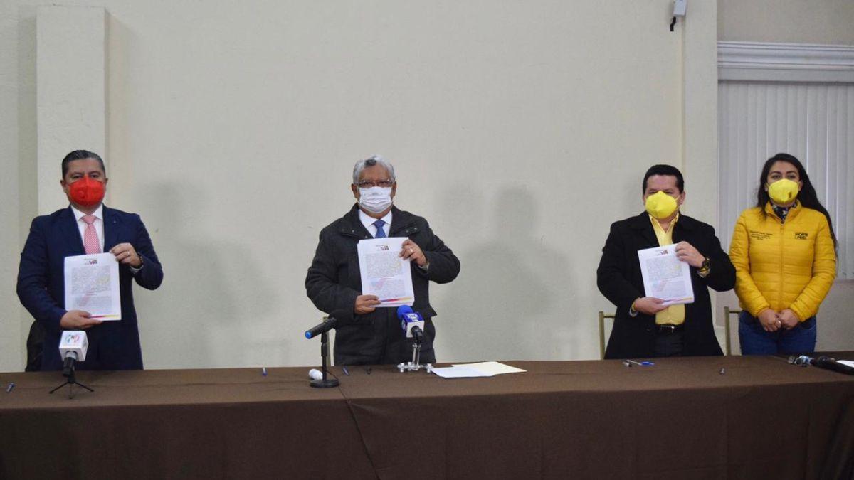 PAN, PRI y PRD acuerdan ir juntos en la elección por las alcaldías y diputaciones locales de Veracruz