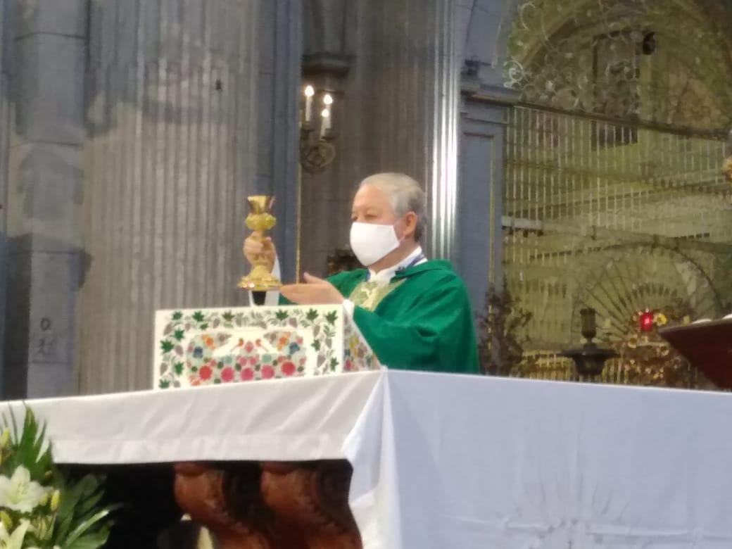 El hombre ha puesto la ciencia y tecnología por encima de Dios, acusó el arzobispo Víctor Sánchez
