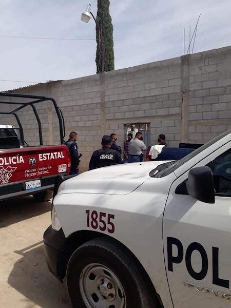 Video desde Puebla: Policía estatal intenta desactivar fiesta Covid en Altepexi