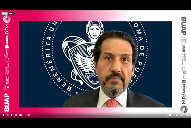 Acciones estratégicas fortalecen un crecimiento sin precedente del nivel medio superior en la BUAP: Alfonso Esparza Ortiz