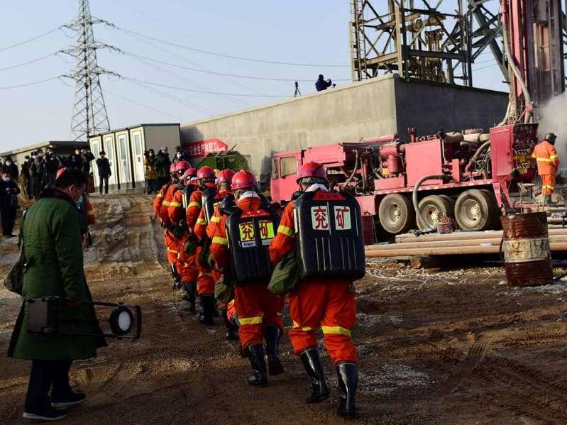 Trágico final en rescate de mineros en China: mueren 9 de últimos 10
